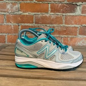 New Balance 1540 V2 Women's Size 5 Made In USA